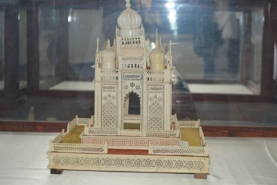 Hotel Management Colleges in Hyderabad students at museum  show