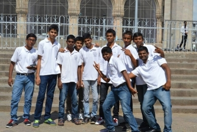Hotel Management Colleges in Hyderabad students at museum  watch
