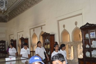 Hotel Management Colleges in Hyderabad students at museum  salarjung